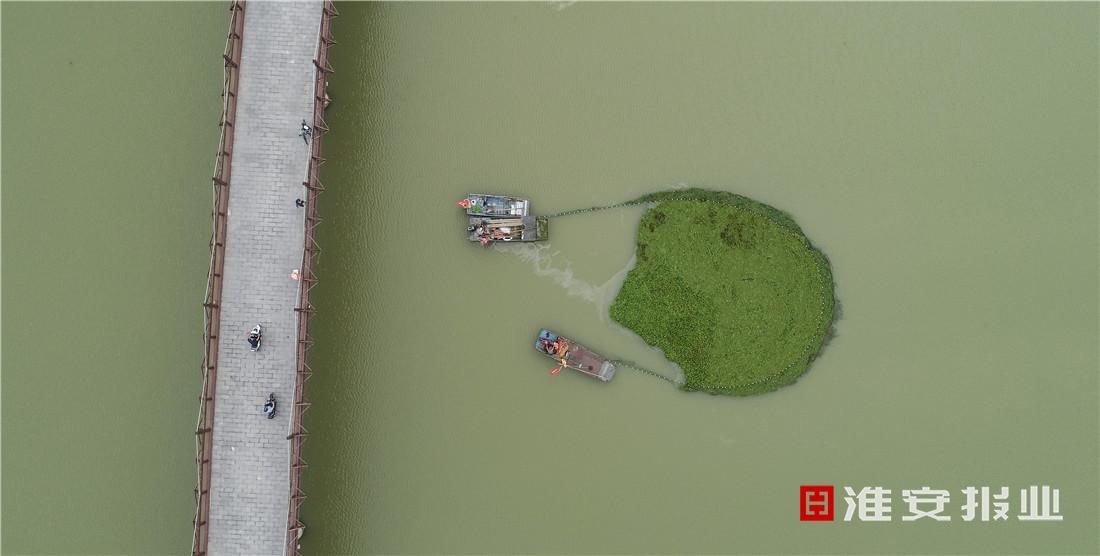 清理河道,保护环境