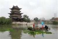 """河道水面保洁工刘纪祥:漂泊在水上的""""河湖卫士"""""""