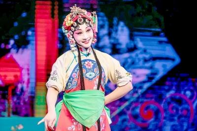 【敬业】淮海戏表演艺术家许亚玲:敬业爱岗,坚守戏曲舞台四十载