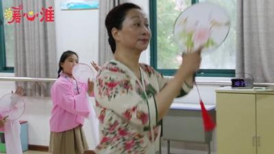 【暖心淮】网上购买彩票这群娃娃学起戏曲来,有板有眼儿!