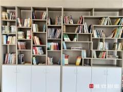 """两千本书,一幅长图!一起装点""""春意盎然""""的社区书屋"""