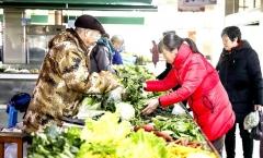 【共建文明城市 共享美好生活】我市城区农贸市场 整治提升成效显著  买菜像逛超市 一样舒心