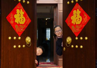 【新春走基层】江苏金湖:小别墅里过春节 幸福湾里幸福多!