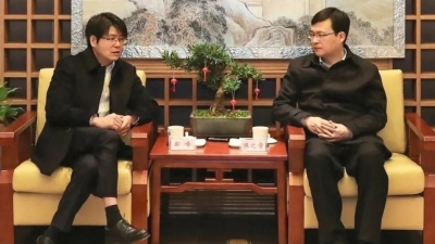 市长陈之常会见杰出乡贤、中国科学院院士邵峰