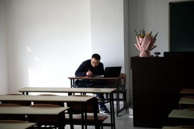 """""""开学第一天 暖心第一课""""——淮阴工学院迎来春季新学期""""在线教学""""第一课"""