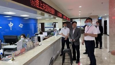 增强群众幸福感和满意度  市行政审批局局长调研淮城街道为民服务中心工作