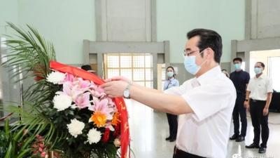 代市长史志军瞻仰周恩来纪念馆、周恩来故居
