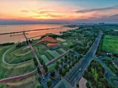 """江苏常州:城水相依 城绿相融 和谐共生""""江南岸"""""""